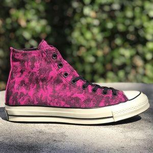 Converse Chuck 70 Hi Camo Denim Fuchsia Sneakers